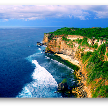 Uluwatu Cliff [asiavacation.biz]
