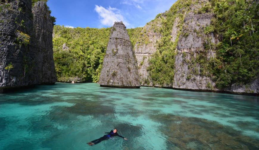 Wisata Raja Ampat - marijelajahindonesiaku.com