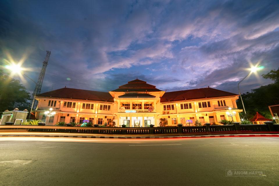 Balaikota Malang by Anom Harya