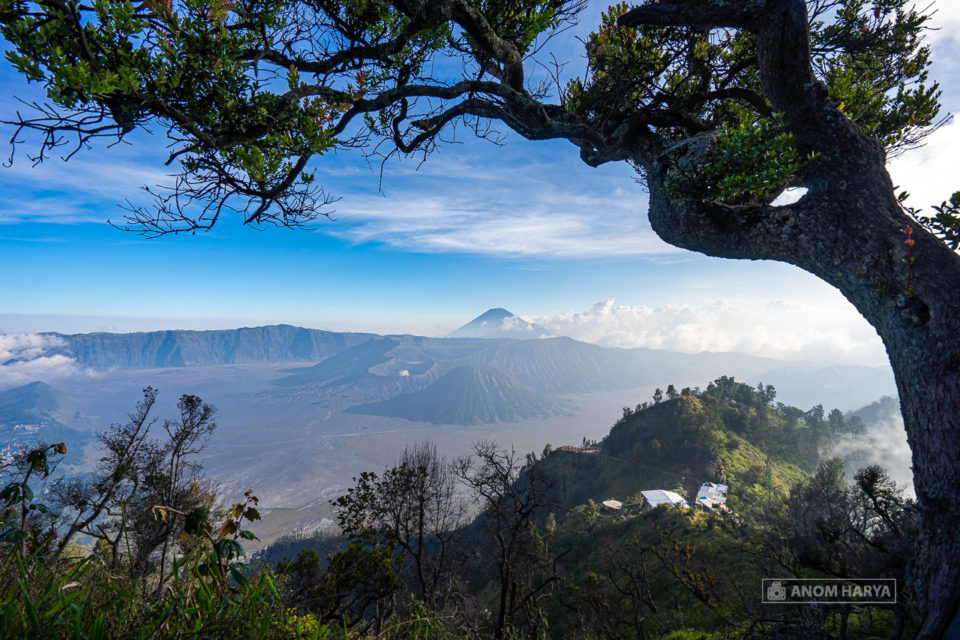 Komposisi Framing di Bromo